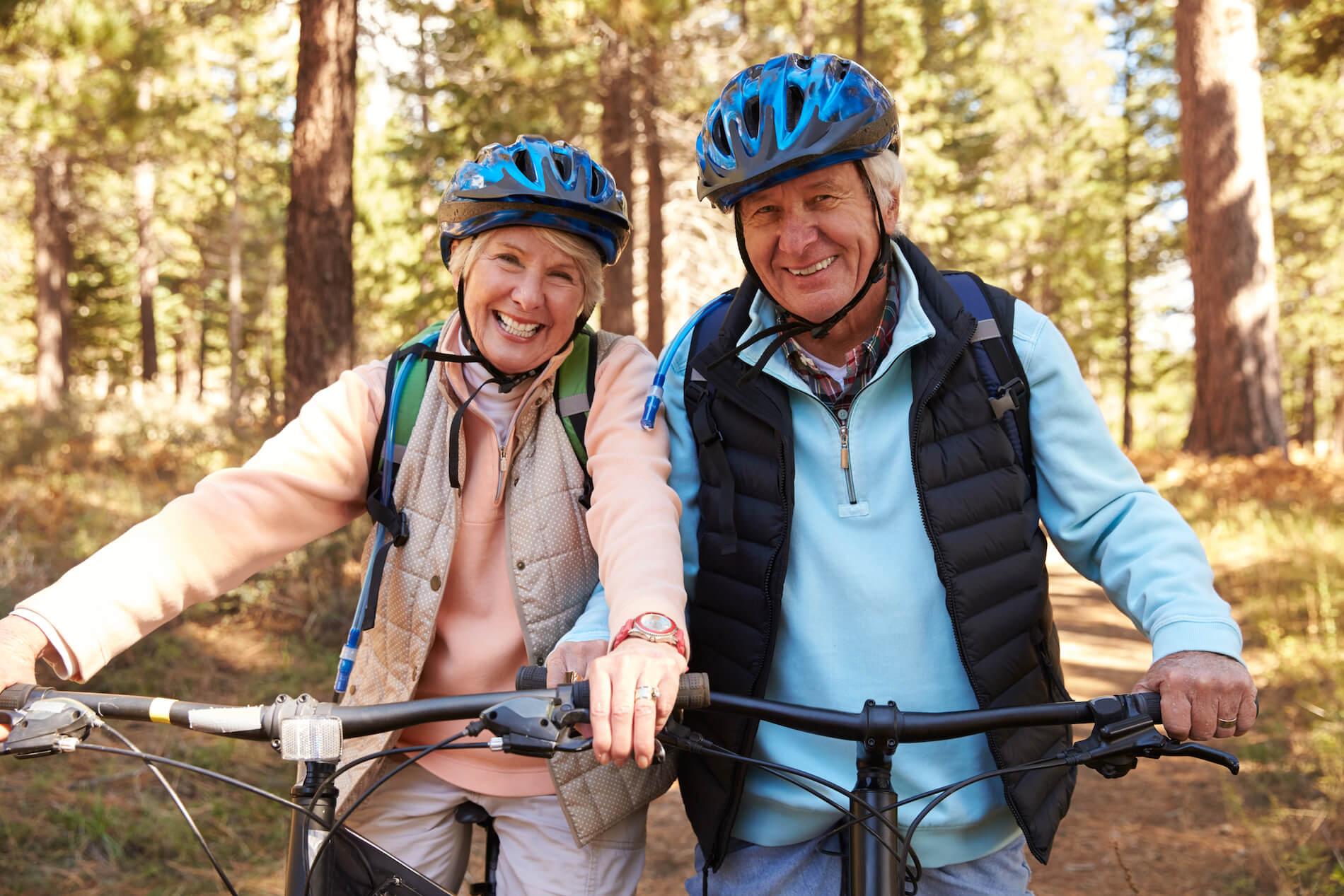 retired couple enjoying life